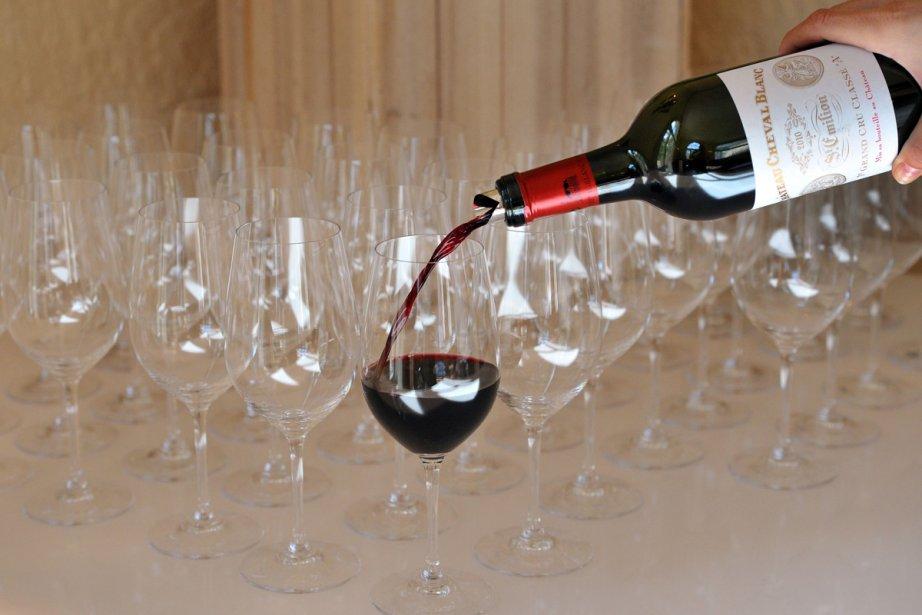 Les vins des châteaux Cheval Blanc se négocient... (Photo: AFP)