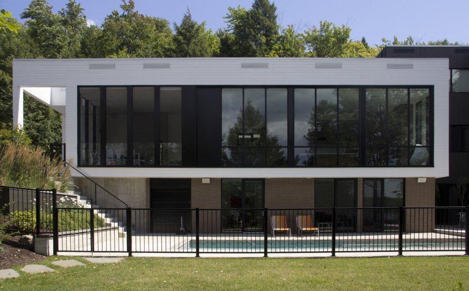 Une maison contemporaine parfaitement organis e lucie for Photo de jardin de maison