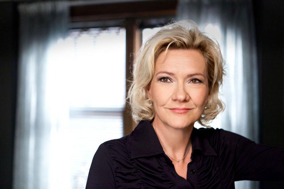 Élise Guilbault, dans le rôle d'Angie Caron, dans... (PHOTO FOURNIE PAR RADIO-CANADA)