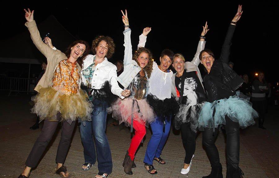 Brenda , Jane ,  Kristin, Gudrun, Rosa et Helga étaient présente pour le passage de Madonna à Ottawa | 10 septembre 2012