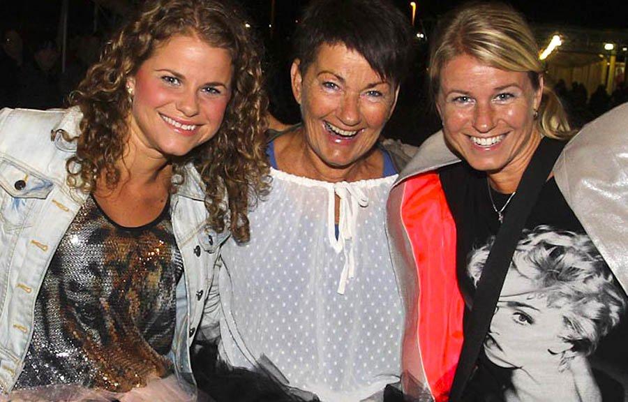 Kristin, Gudrun, Rosa étaient présente pour le passage de Madonna à Ottawa | 10 septembre 2012
