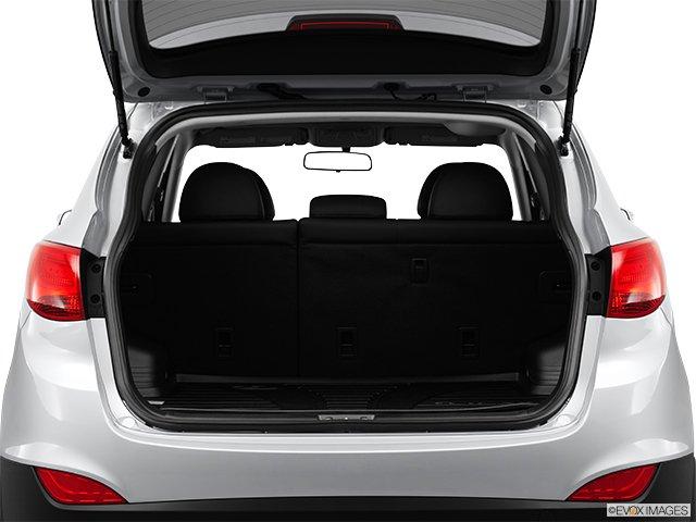 hyundai tucson 2012 plein de bon sens 4 portes traction avant 4 cyl en ligne bo te. Black Bedroom Furniture Sets. Home Design Ideas