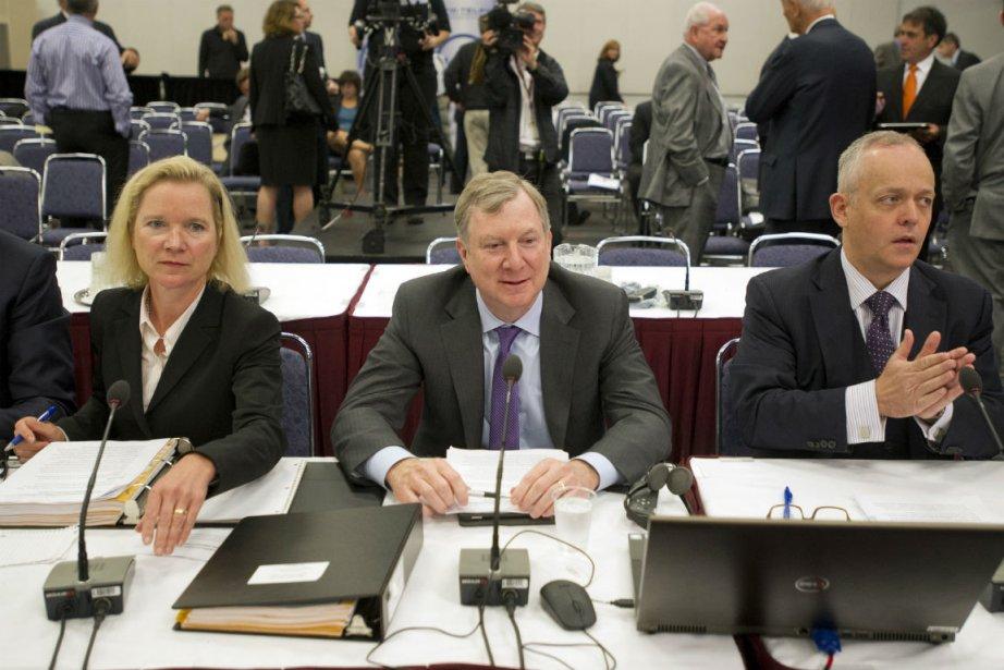 Pam Dinsmore, Ken Engelhart and David Purdy de... (PHOTO LA PRESSE CANADIENNE)