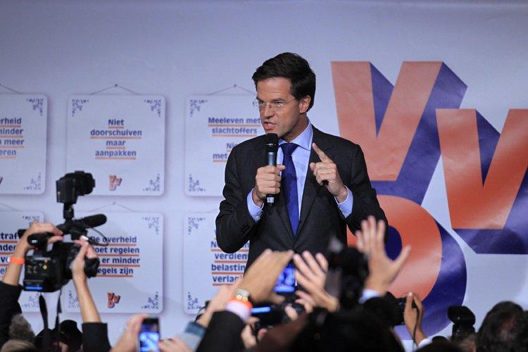 Si ces résultats devaient se confirmer, Mark Rutte... (Photo: Reuters)