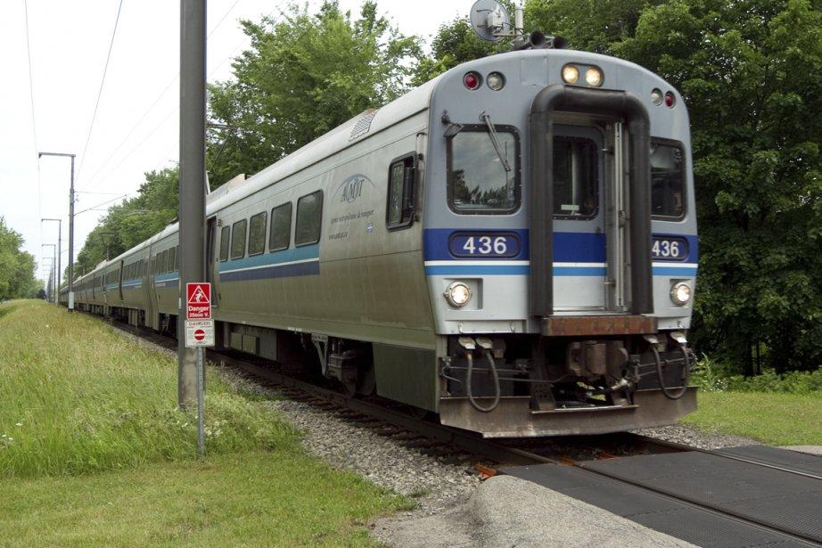 Le service sur la ligne Deux-Montagnes est assuré... (Photo Alain Roberge, archives La Presse)
