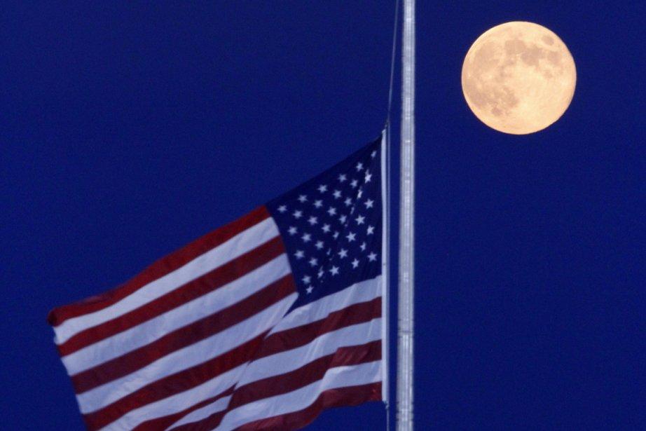 Les États-Unis ont rendu jeudi un dernier hommage à Neil Armstrong,... (Photo AP)