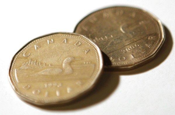 La valeur du dollar canadien touchait vendredi matin son niveau le plus élevé...