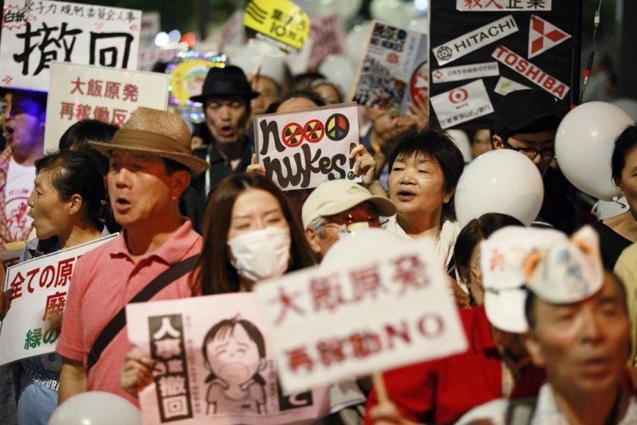 Le sentiment antinucléaire a bondi parmi la population... (PHOTO YURIKO NAKAO, REUTERS)