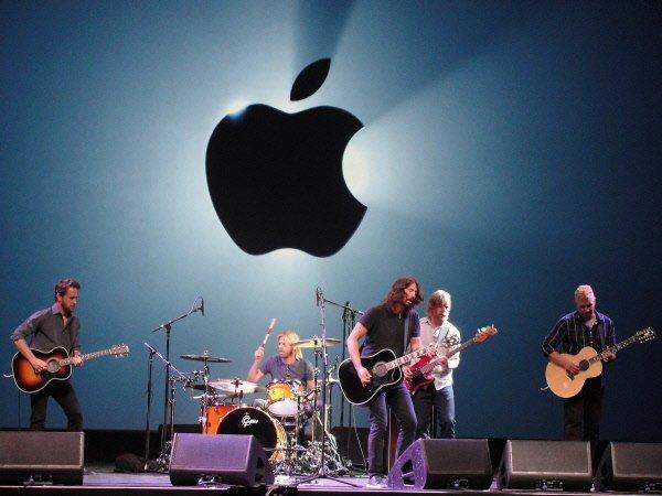 Les Foo Fighters ont participé au lancement du...