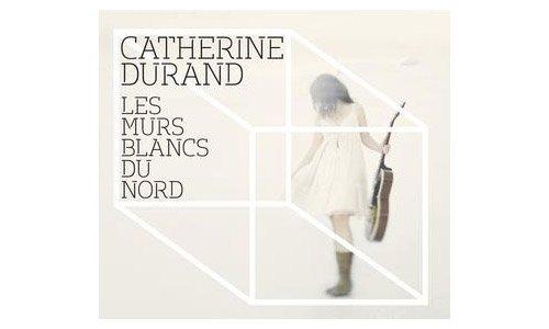 On succombe rarement à un album de Catherine Durand dès la première écoute. Son...