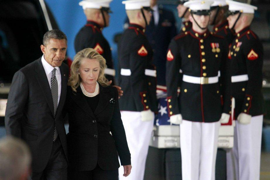 Barack Obama et Hillary Clinton à l'arrivée aux... (PHOTO REUTERS)