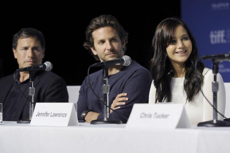 Le réalisateur David O. Russell et les acteurs... (Photo Evan Agostini, Associated Press)