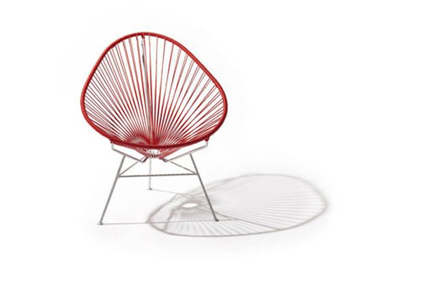 Une chaise Acapulco.... (Photo tirée du site Apartment Therapy)