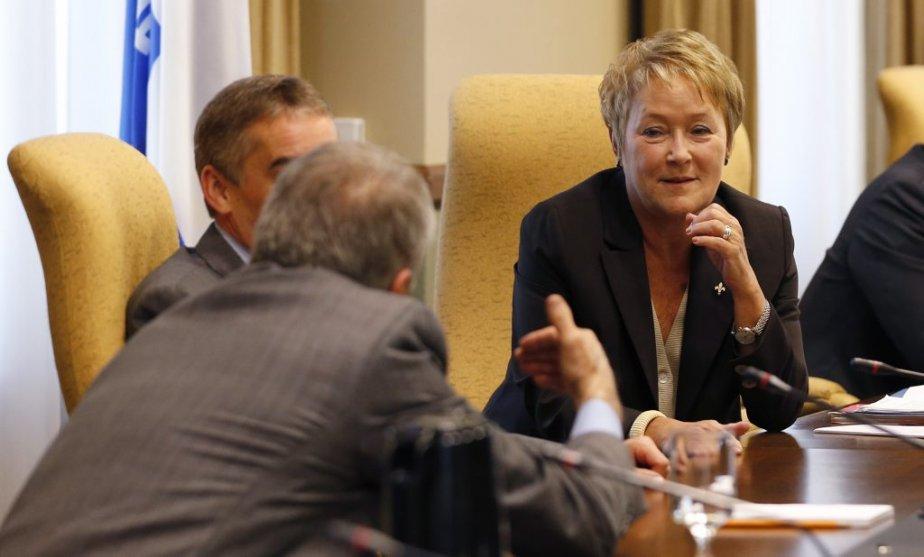 Pauline Marois et François Gendron (de dos). | 20 septembre 2012