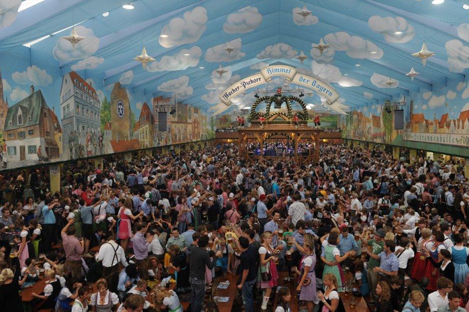 Des millions de fêtards prêts à lever leur verre à l'Oktoberfest de Munich