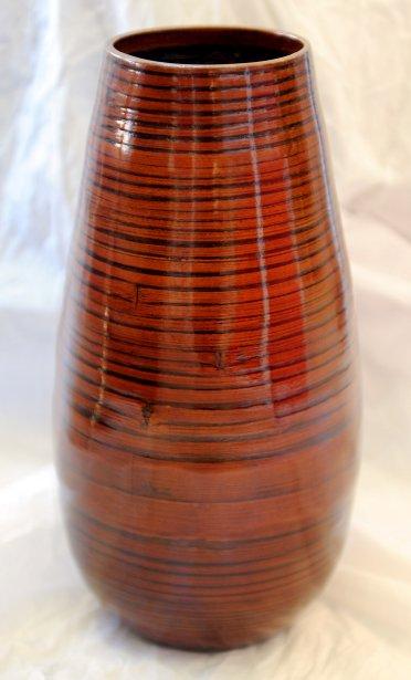 Vase en bambou, 32$ chez Ozé (3759, rue du Campanile, Québec, 418 659-2303) | 23 septembre 2012