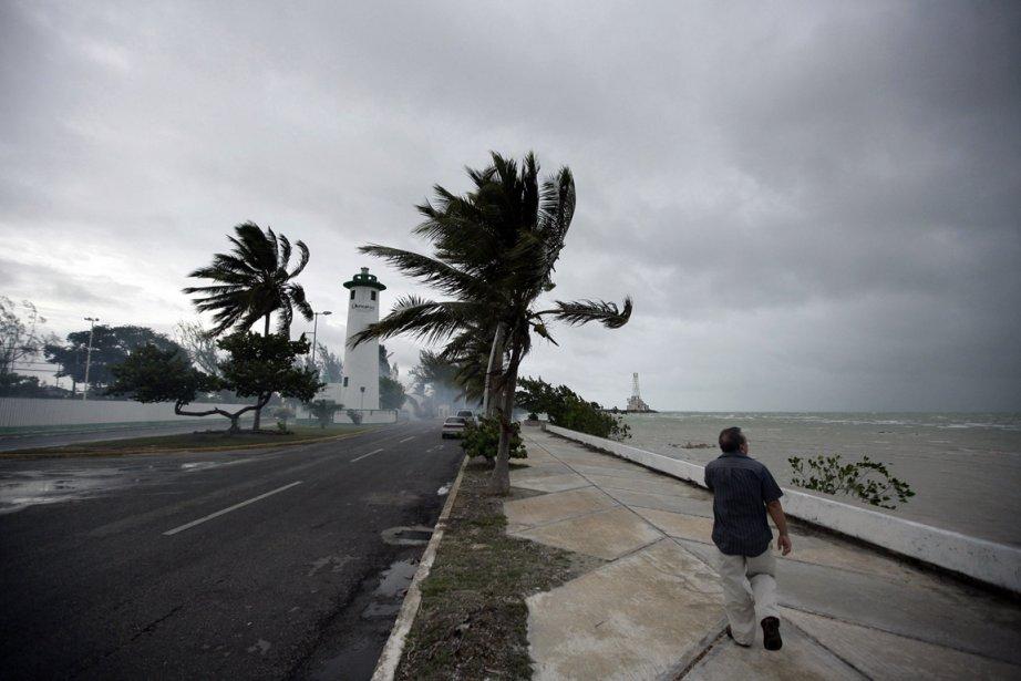Le Bélize a fait ça discrètement. Le 14... (Photo Reuters)