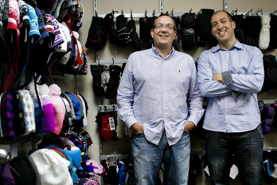 Patrick Ménard (à droite) et Mark Pascal deKombiSports.... (PHOTO MARCO CAMPANOZZI, LA PRESSE)