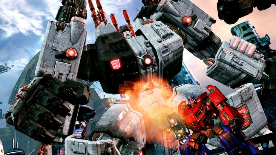 Autobots et Décepticons croisent une dernière fois le fer sur ce qu'il reste de...