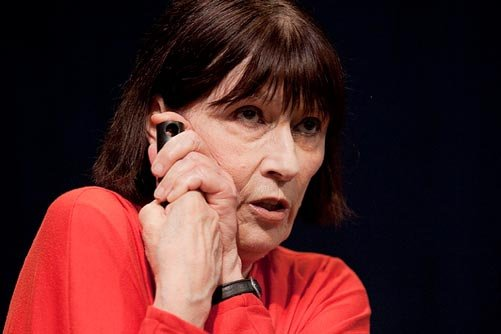 La corneille met en vedette Monique Miller, qui... (Photo: fournie par le Théâtre du Rideau Vert)