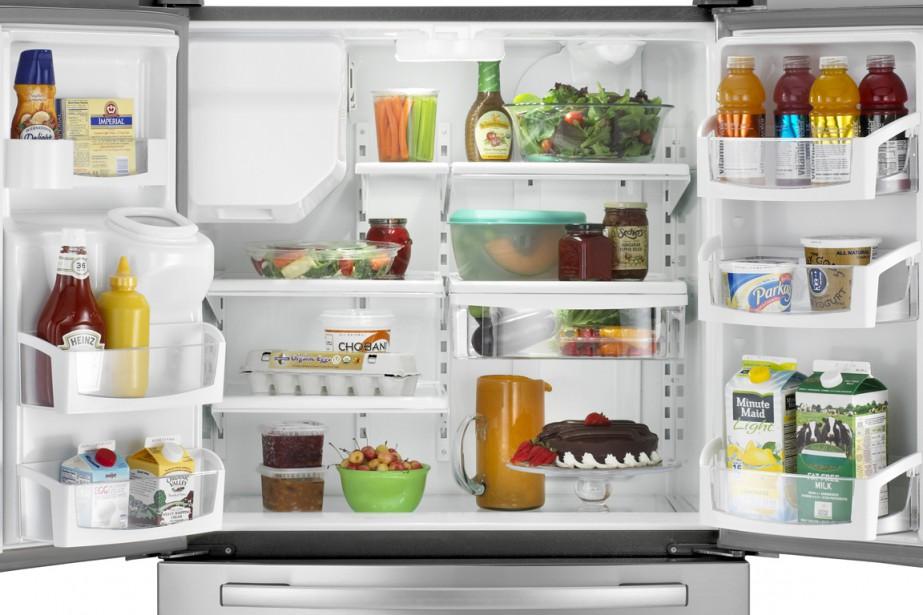 cinq crit res pour choisir son frigo design. Black Bedroom Furniture Sets. Home Design Ideas
