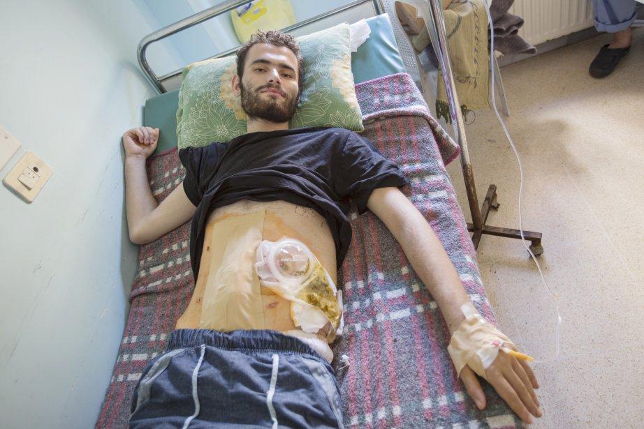 Jumaa s'est fait tiré dessus par les hommes de Bachar... | 2012-09-25 00:00:00.000