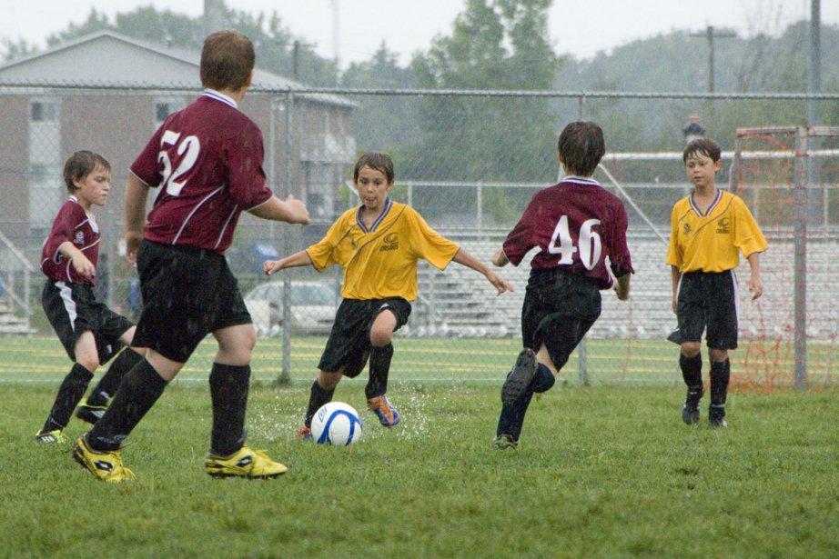 Les entraîneurs et les parents jugent des succès... (Photo: Stéphanie Mantha, La Voix de l'Est)