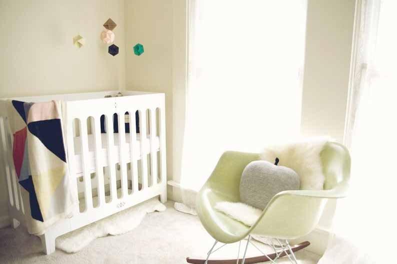 On aime cette chambre de bébé paisible à... (Photo tirée du blogue Bluebird)