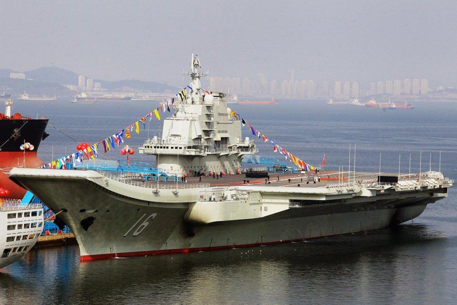 Grâce à spn premier porte-avions, leLiaoning, la marine... (PHOTO AFP)