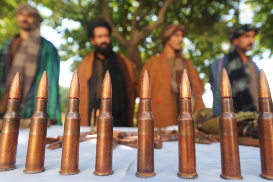 Des talibans ayant renoncé à la lutte armée... (PHOTO AREF KARIMI, AFP)