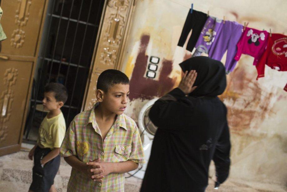 Ville d'Alep, en Syrie. Dans un refuge pour femmes et enfants. Certains y sont réfugiés depuis plusieurs mois. | 27 septembre 2012