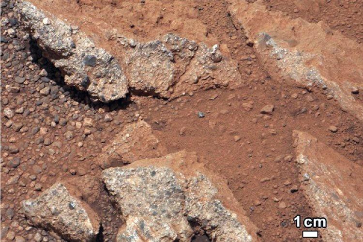 Les images transmises par Curiosity montrent des graviers,... (Photo: NASA)