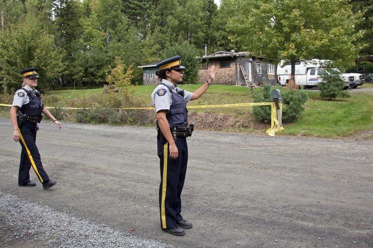 Des officiers de la GRC règlent la circulation... (Photo: PC)