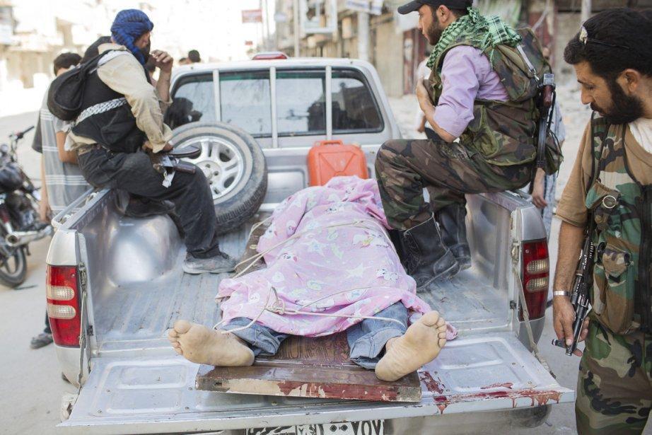 Selon les chiffres avancés par les opposants syriens, plus de 300 personnes ont été tuées dans tout le pays depuis mercredi. | 28 septembre 2012