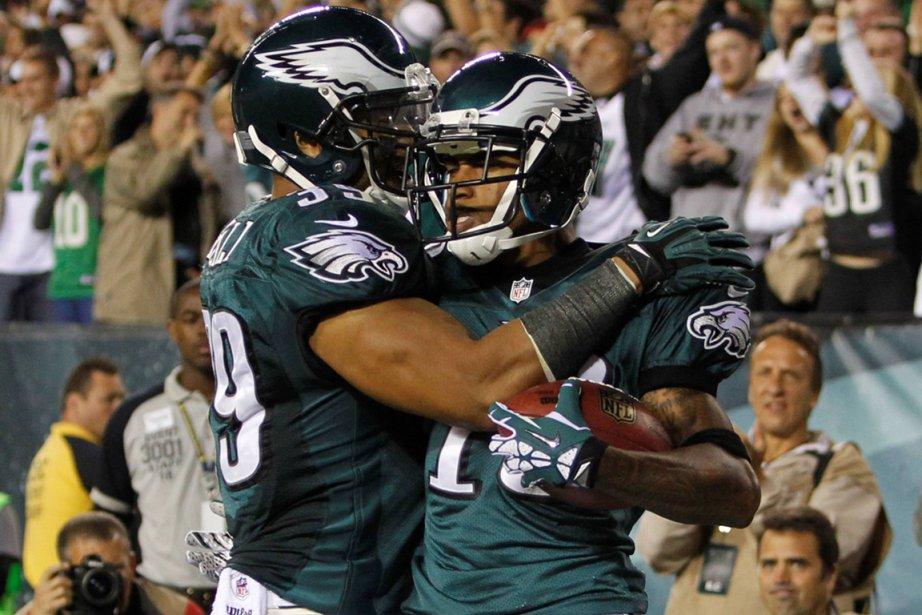 DeSean Jackson (à droite), des Eagles, a célébré... (Photo: Reuters)