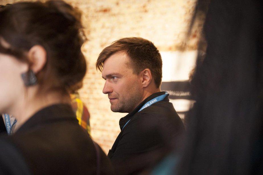 Le réalisateur Rafaël Ouellet a un double emploi à Namur. Il présente son film Camion en compétition officielle et fait office d'expert auprès de jeunes réalisateurs à l'Atelier Grand Nord. | 3 octobre 2012
