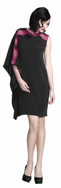 Robe asymétrique en crêpe de satin avec insertion de chiffon corail, 85 $ chez Reitmans | 3 octobre 2012