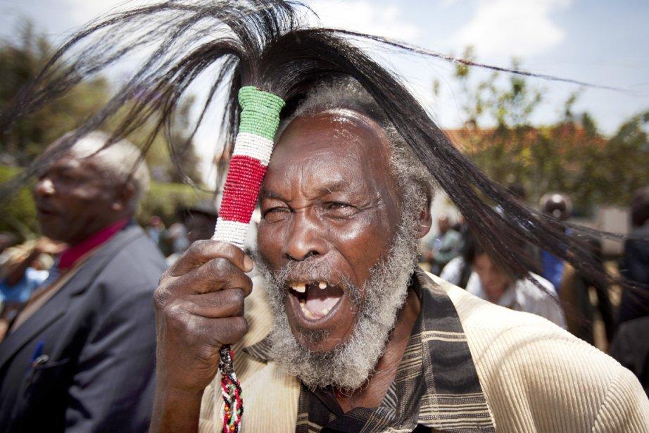 À Nairobi, l'annonce du jugement a été accueillie... (PHOTO BEN CURTIS, AP)