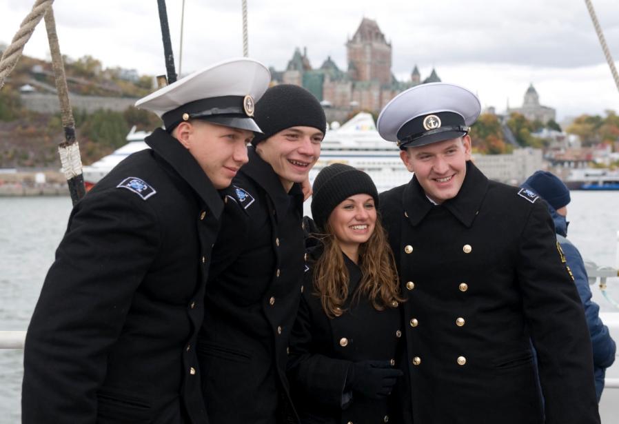 Des membres de l'équipage du Kruzenshtern | 7 octobre 2012