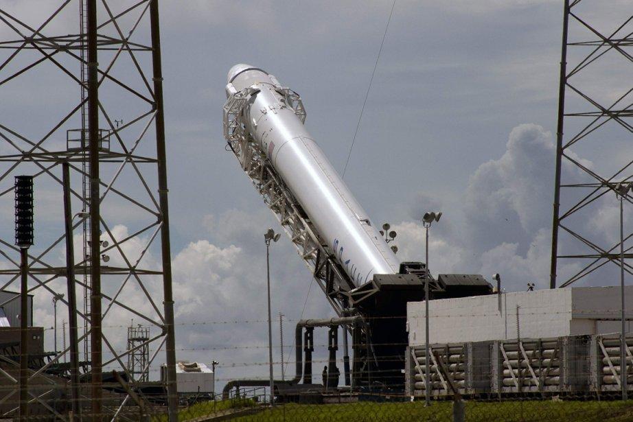 La société américaine SpaceX a lancé avec succès dimanche... (Photo Reuters)