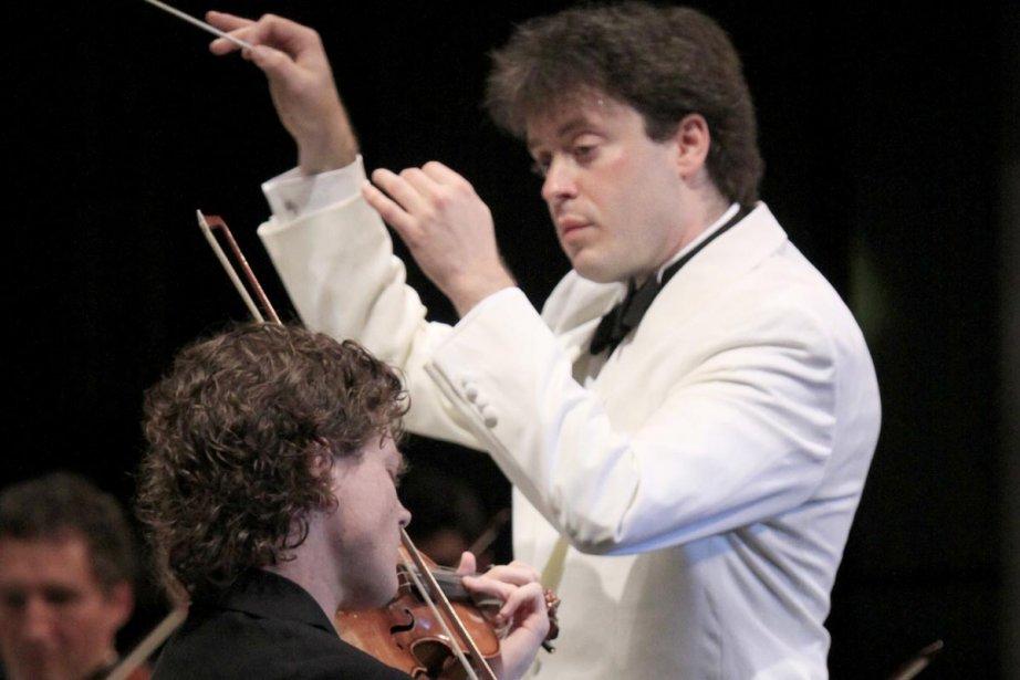 Le chef d'orchestre Julian Kuerti... (Photo: Baptiste Grison, Festival de Lanaudière)