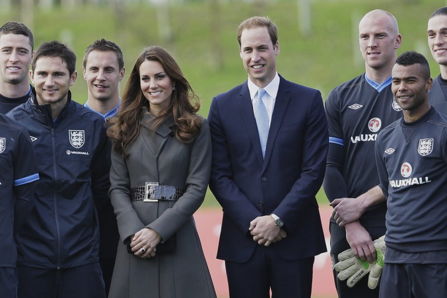 Le prince William et son épouse Kate Middleton... (Photo: AP)