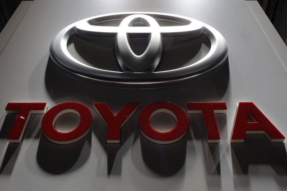 Toyota a relevé ses prévisions... (PHOTO CHRISTIAN HARTMANN, ARCHIVES REUTERS)