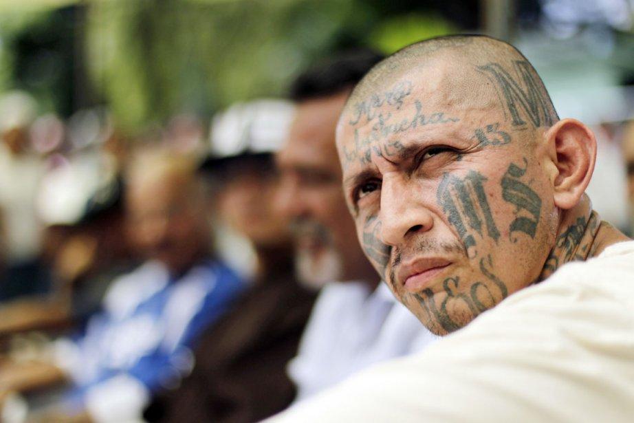 MS-13 compterait environ 30000 membres. Ci-dessus,Carlos Tiberio Ramirez,... (PHOTO ULISES RODRIGUEZ, REUTERS)