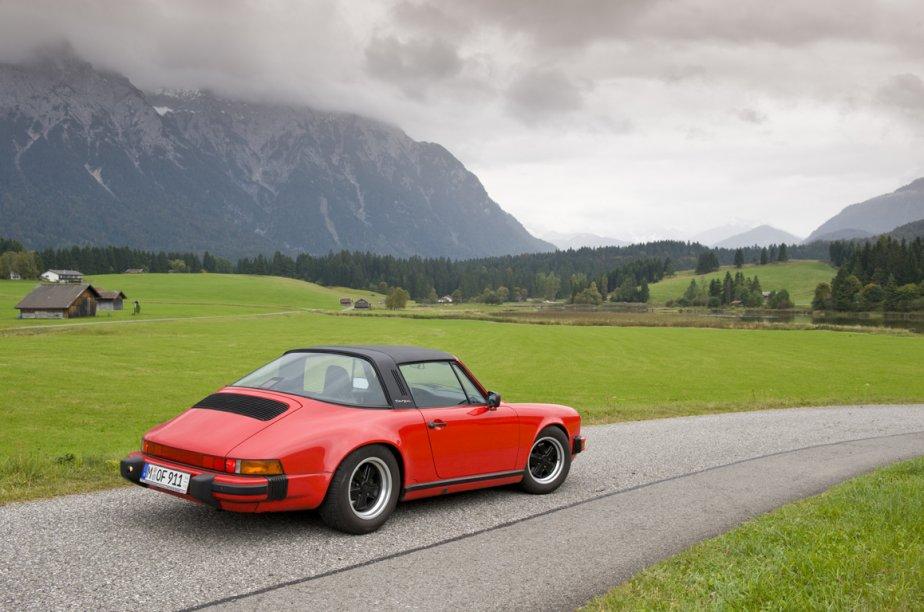 Conduire une Porsche dans les Alpes. Le... (Photo fournie par Passo Tourismo)