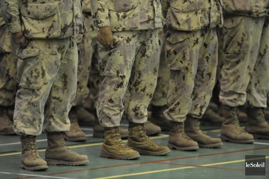 Un haut gradé des Forces armées... (Photothèque Le Soleil, Patrice Laroche)
