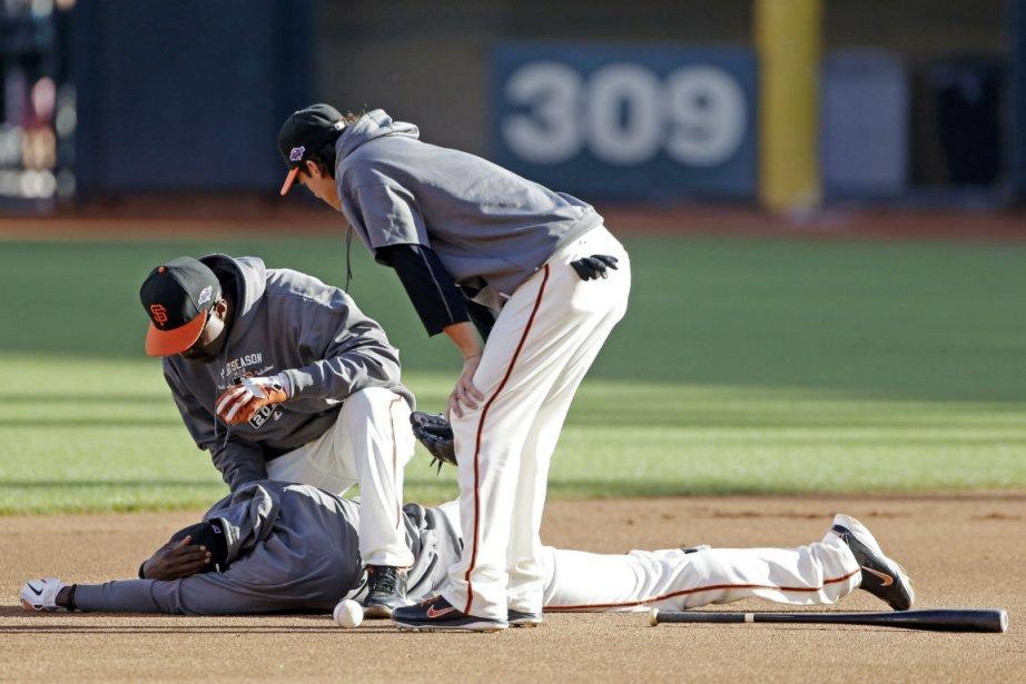 L'instructeur au premier but des Giants de San... (Photo Mark Humphrey, Associated Press)
