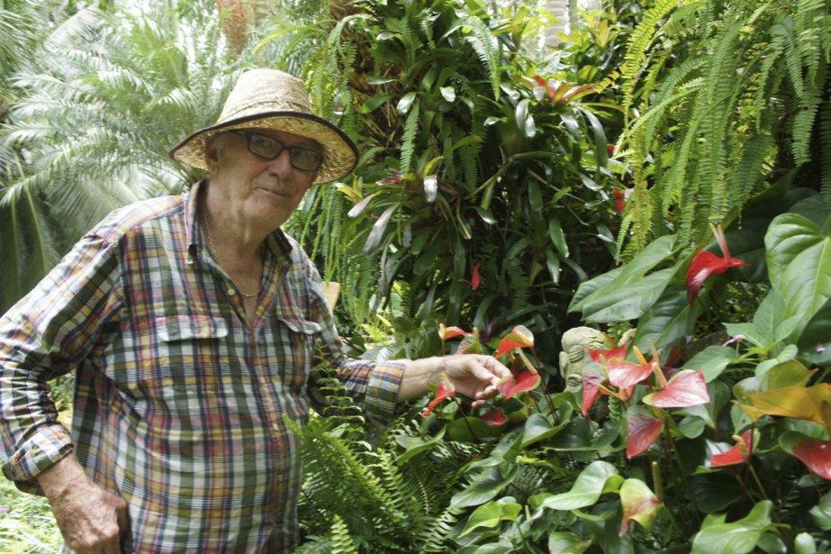 Anthony Hunte est un passionné des fleurs qui cultive un luxuriant jardin ouvert aux visiteurs. | 15 octobre 2012
