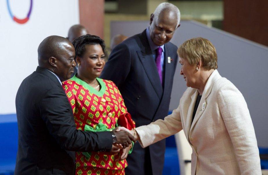Pauline Marois et le président de la République démocratique du Congo Joseph Kabila, son épouse Olive et le secrétaire général de la Francophonie Abdou Diouf. (PC)