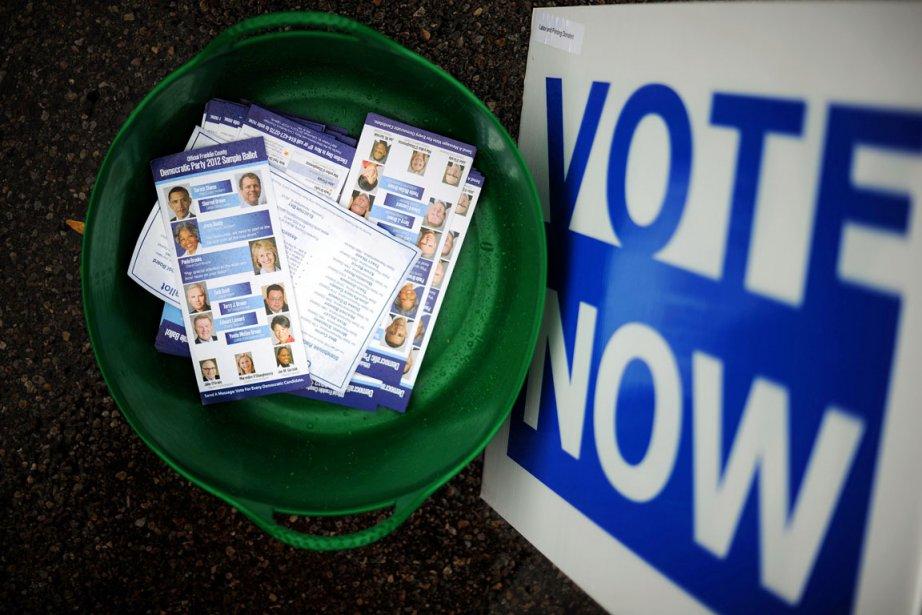 Le vote anticipé est ouvert depuis le 2... (PHOTO JEWEL SAMAD, AFP)